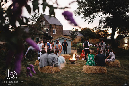Cosy wedding campfire