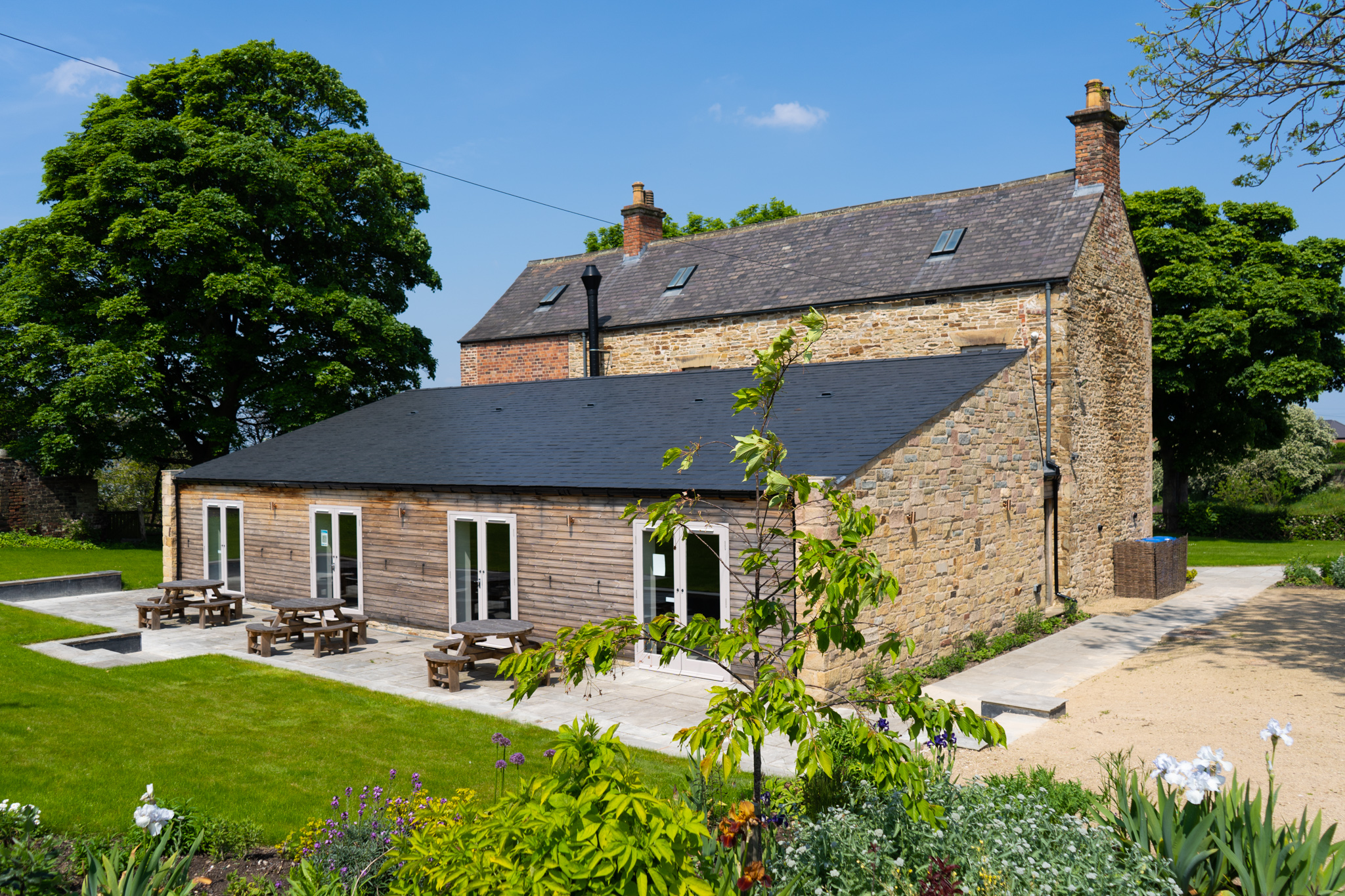 Manor Oaks House and garden for business and education venue hire